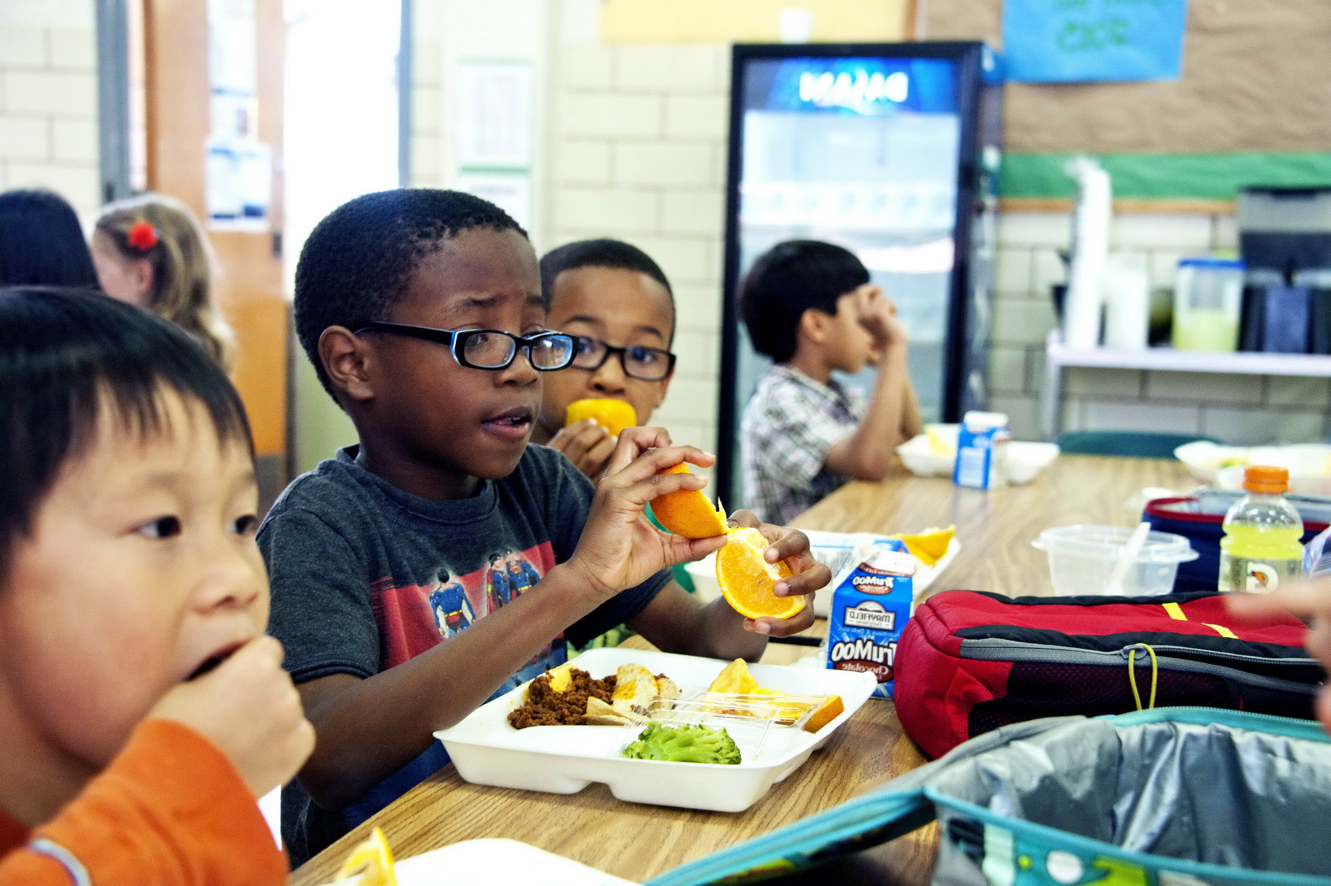 Video Of Kids Sharing Their Lunch With Boy On Class